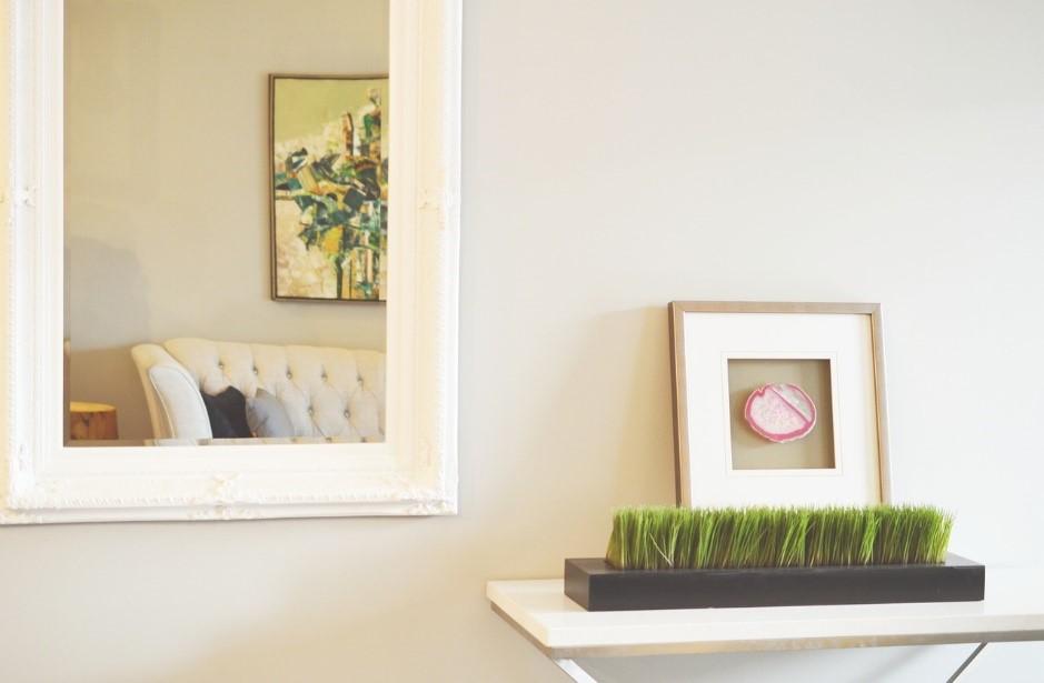 comment bien d corer et maximiser l 39 espace d 39 un petit salon photobox. Black Bedroom Furniture Sets. Home Design Ideas